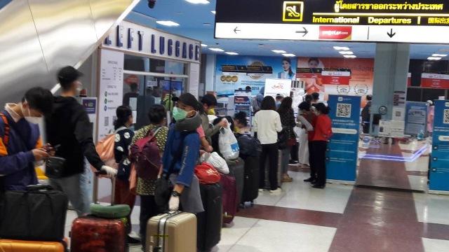 121 นักท่องเที่ยวจีนตกค้างในไทยได้กลับบ้านแล้ว ขึ้นเครื่องจากเชียงราย-เฉิงตู