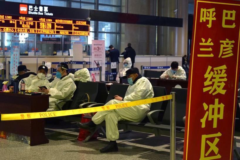 จีนผวาผู้ป่วยนำเข้าเพิ่มสูงเกือบร้อยราย สั่งยกระดับตรวจเข้มนักเดินทางต่างชาติ