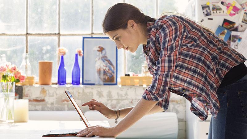 เลอโนโล ชี้เทคโนโลยีเป็นตัวแปรสำคัญช่วยปรับตัวให้ทำงานจากที่บ้าน