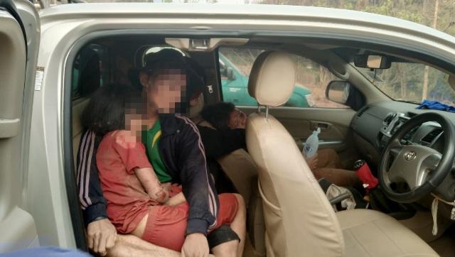 หวิดสลดหมู่!รถตกดอยแม่แฮด-ล่องแพ สบเมย ทั้งเด็ก-ผู้ใหญ่เจ็บ 11 ราย