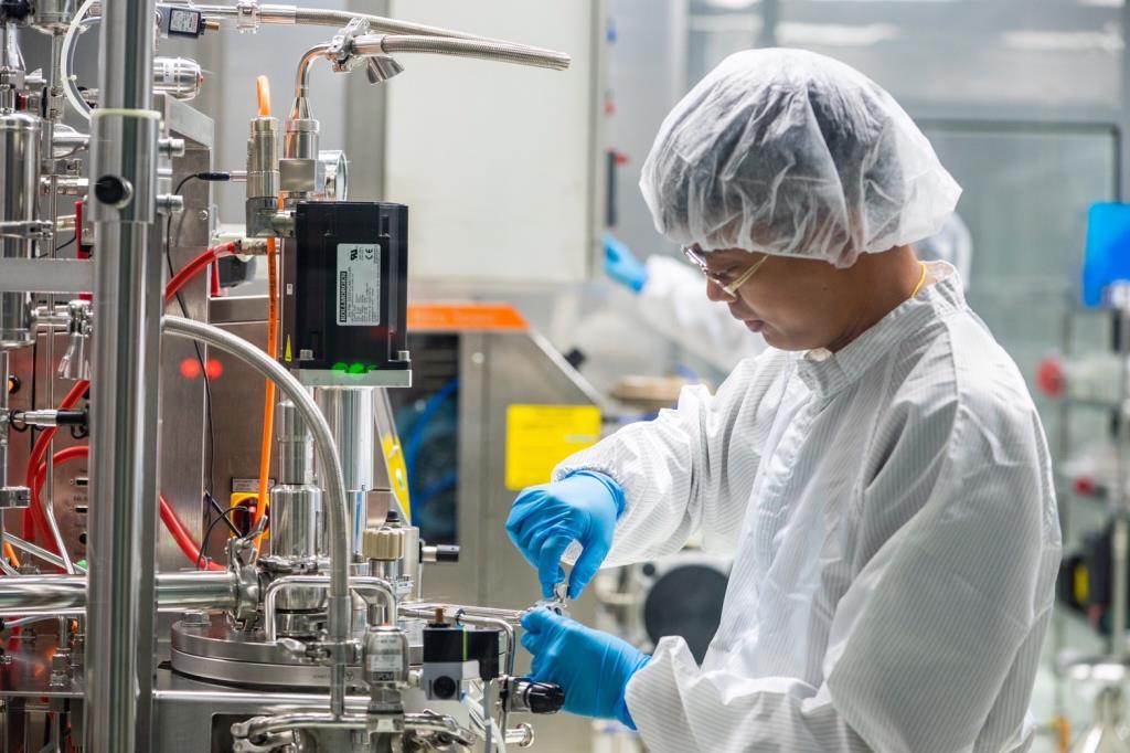 สยามไบโอไซเอนซ์ จุดพลุนำร่องผลิตชุดตรวจโควิด-19 แบรนด์แรกของไทย