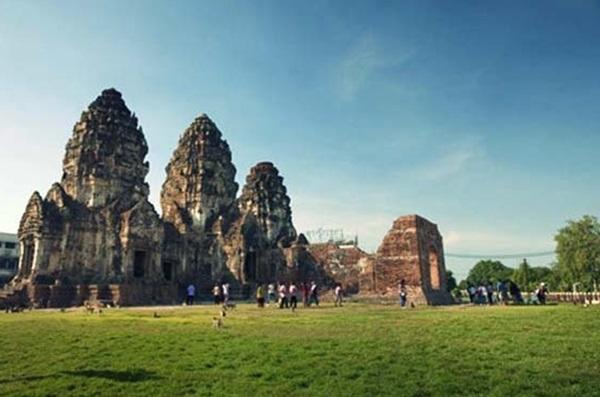 ลพบุรี ประกาศปิดโบราณสถานสำคัญต่อเนื่องถึงวันที่ 30 เม.ย.