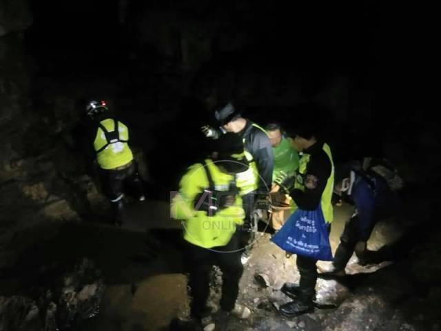 ปูพรมค้นถ้ำพบพระทั้งวันไม่พบหนุ่มม้งหายตัวลึกลับกว่าสัปดาห์ พรุ่งนี้ดำน้ำลอดถ้ำหาต่อ