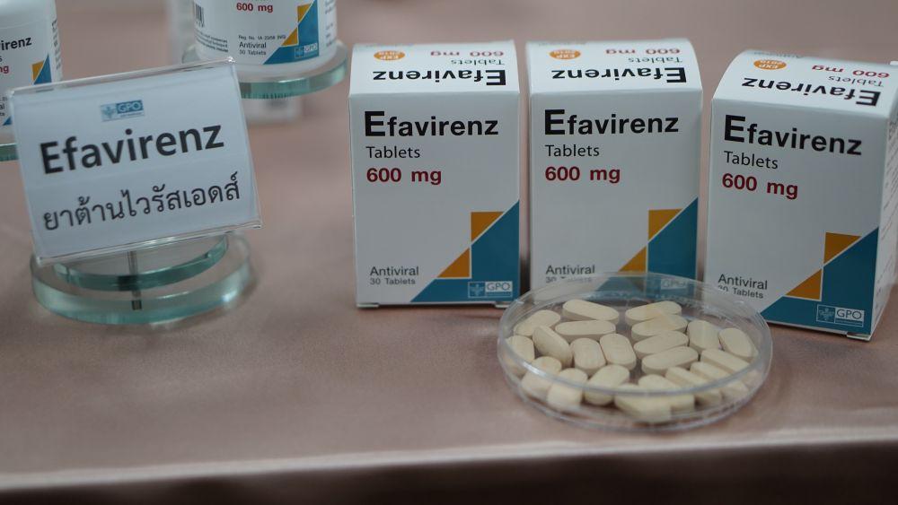 สปสช.ขอ รพ.ระบบบัตรทอง จ่ายยาต้านไวรัสเอชไอวีและบริการที่จำเป็น ดูแลผู้ติดเชื้อ