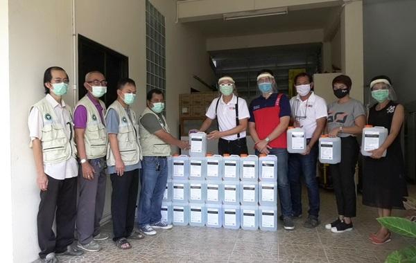 คณะแพทย์ สจล.ผลิตแอลกอฮอล์ให้โรงพยาบาลชุมพร ผู้ป่วยสะสม 21 คน ผู้ติดเชื้อรายใหม่เป็นศูนย์ 2 วันแล้ว
