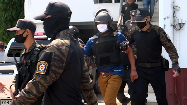 ราชบุรี รวบอาปืนโหดยิงหลานสาวพร้อมสามีดับ นำตัวไปทำแผนประกอบคำรับสารภาพ