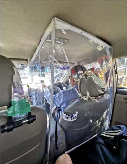 """""""หมอระวี""""แนะให้รถตุ๊ก ๆ ,แท๊กซี่  ติดพลาสติก ป้องกันโควิด-19"""