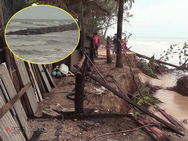 ทะเลกัดเซาะหนักบ้าน 20 หลังจ่อพัง ชาวบ้านเชื่อเกิดจากการสร้างแนวหินกันคลื่น