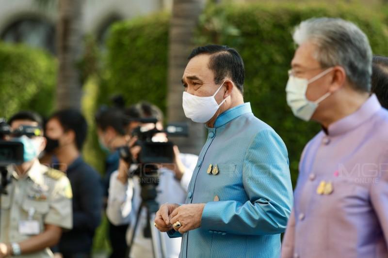 นายกฯ ชวนคนไทยปลูกต้นไม้เพิ่มพื้นที่สีเขียว  อวยพรคนไทยไม่เจ็บไม่ไข้ ประสบความสำเร็จ เนื่องในวันวิสาขบูชา