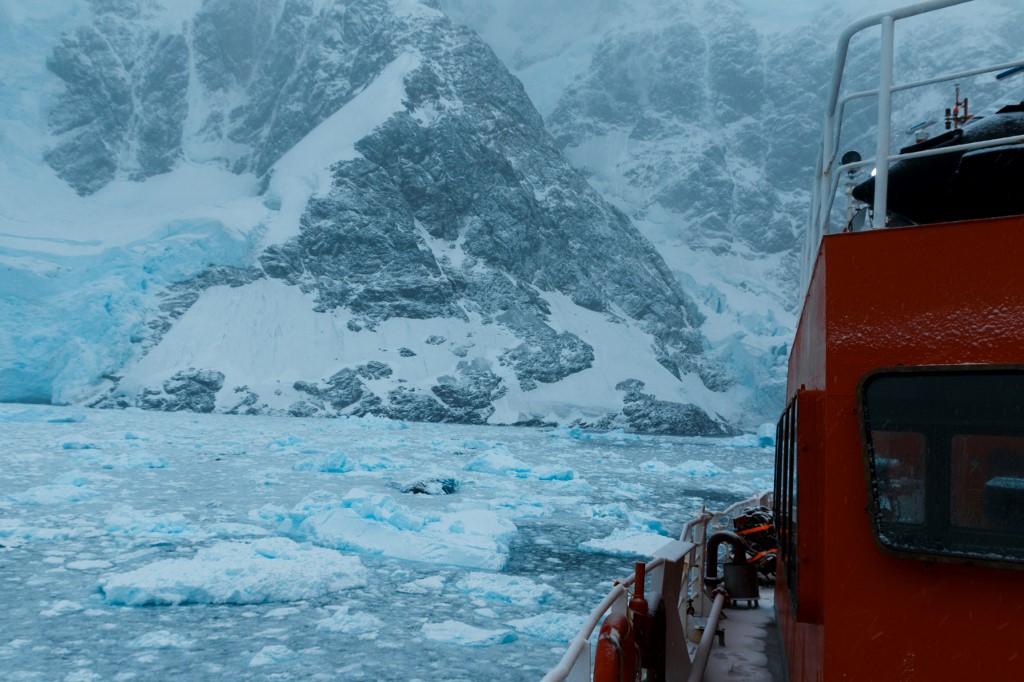 เส้นทางสู่แอนตาร์กติกา (Yevgen Prokopchuk / 25th Ukrainian Antarctic Expedition / AFP)