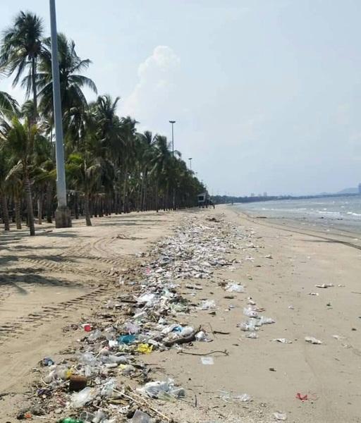 ปรี๊ด ! นายกตุ้ยสุดทน ขยะเกลื่อนหาดบางแสนทั้งที่เพิ่งเปิดพื้นที่ไม่นานชี้คนไม่เปลี่ยนพฤติกรรม