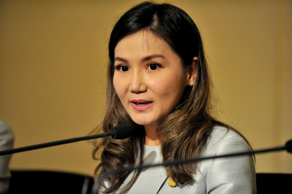 """""""ประยุทธ์"""" สั่ง กต.เร่งช่วยเหลืออำนวยความสะดวกคนไทยกลับประเทศ"""