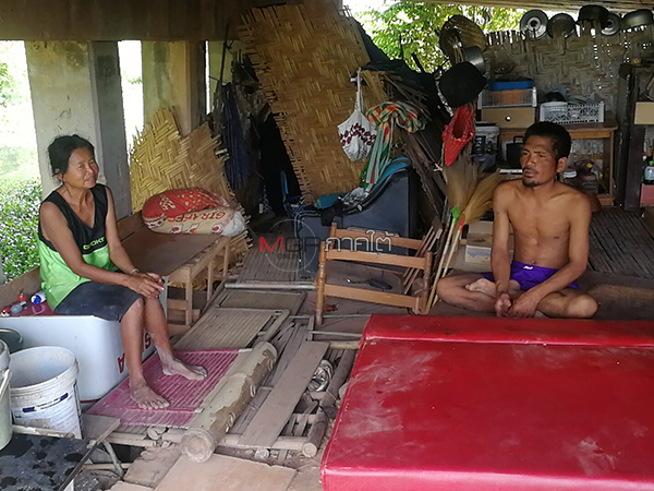 พิษโควิดทำ 2 ผัวเมียคนงานก่อสร้างตกงาน-ไร้บ้าน ต้องพากันมาอาศัยอยู่ใต้สะพาน
