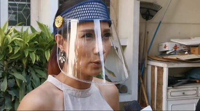 สาวถอดใจยุติตั้งตู้ปันสุขหน้าบ้าน หวั่นถูกคุกคามหลังถูกชายหญิงเกาะรั้วกดกริ่ง ตะโกนเรียก