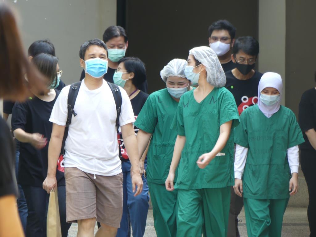 คนไข้โควิด-19 3 รายสุดท้ายออกจากโรงพยาบาลสนามธรรมศาสตร์แล้ว