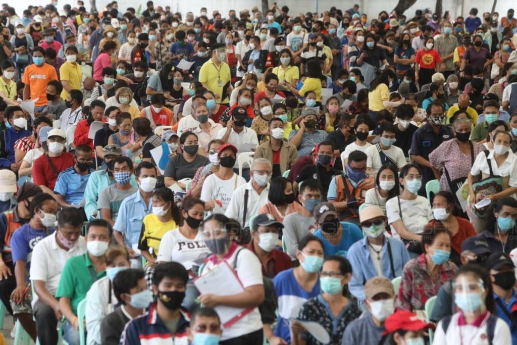 คนไทยการ์ดตกเล็กน้อย ช่วงคลายล็อกเฟสแรก เหลือ 72.5% สวมหน้ากากยังสูง รักษาระยะห่างแค่ 61%