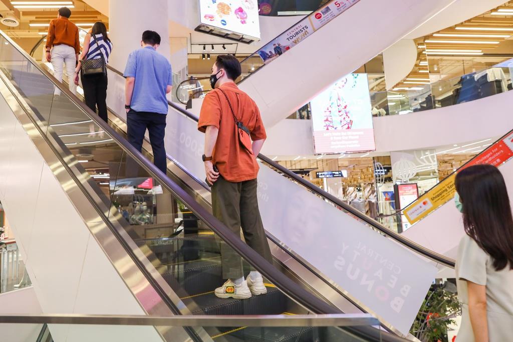 """""""ห้างเซ็นทรัล"""" เปิด 23 สาขาทั่วไทย คาดช่วงแรกลูกค้าอาจจะหายไป30%"""