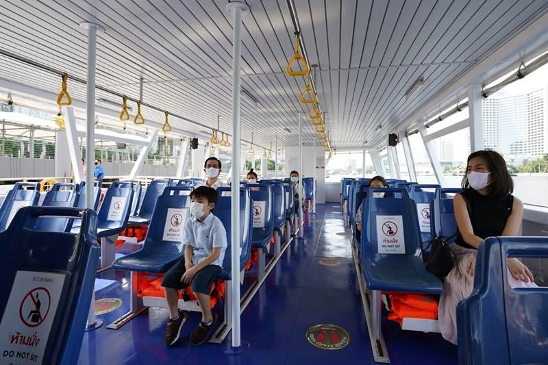 จำกัดจำนวนผู้ใช้บริการ  Shuttle Boat ของไอคอนสยาม และกำหนดที่นั่งเว้นระยะห่าง