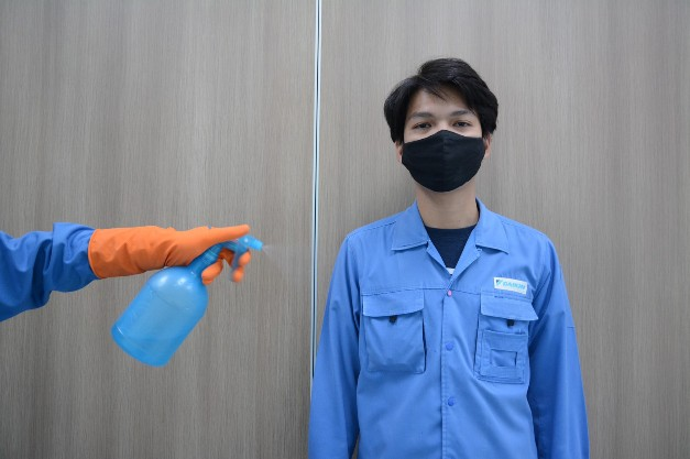 """""""ไดกิ้น"""" เปิดบริการพ่นน้ำยาฆ่าเชื้อไวรัสโควิด-19 ที่เครื่องปรับอากาศ ฟรี! ตลอด 3 เดือน"""