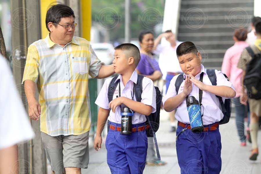 """6 แนวทาง """"เปิดเทอม"""" ป้องกันโควิดในโรงเรียน"""