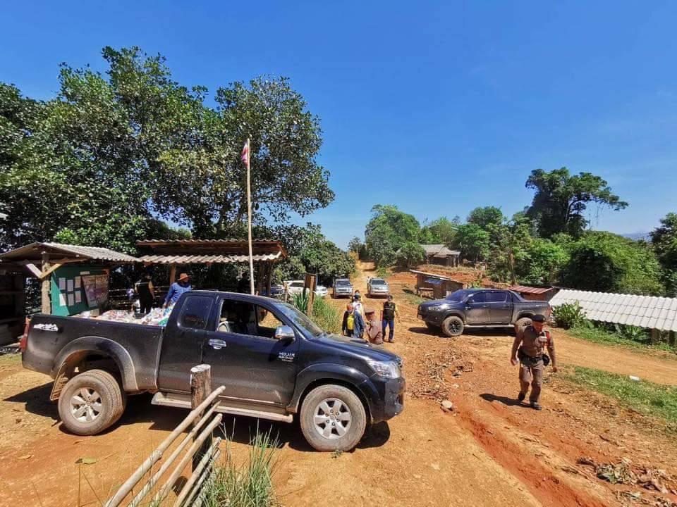"""""""ส.ส.จีรเดช"""" ลงพื้นที่ อ.ปง พะเยา ช่วยเหลือ """"ชาวไทยภูเขา"""" เดือดร้อนโควิด-19"""
