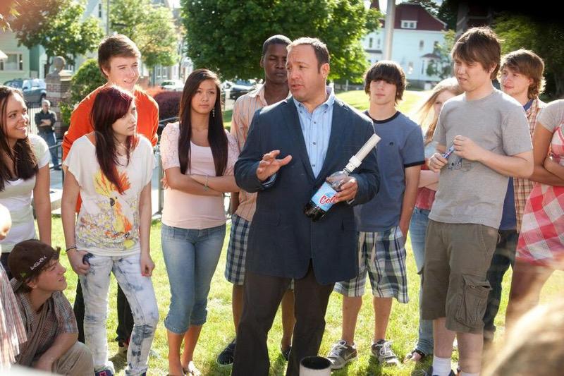 """อาทิตย์ที่ 24 พ.ค.นี้ เปิดเวลากับครอบครัวใน """"อินเตอร์ มูฟวี""""กับภาพยนตร์เรื่อง """"ครูเฟี้ยว หัวใจสปิริต"""" ทางช่อง 9"""