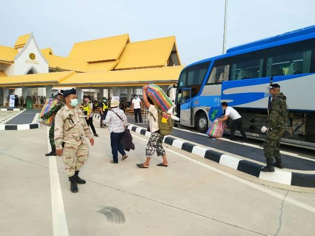แรงงานพม่าตกค้างโควิดล็อตแรกข้ามแม่สอดเข้าเมียวดีรอกลับบ้านเกิดชื่นมื่น