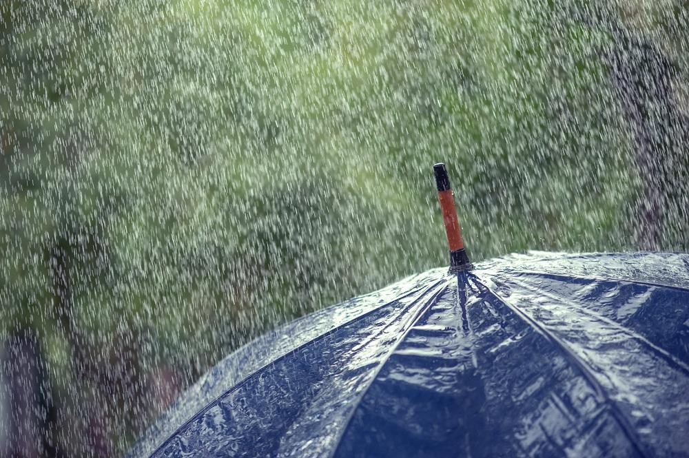 """""""กรมอนามัย"""" เตือนโรคภัยต่างๆ ที่มาพร้อมฤดูฝน ห่วงรักษาสุขภาพให้ดี"""