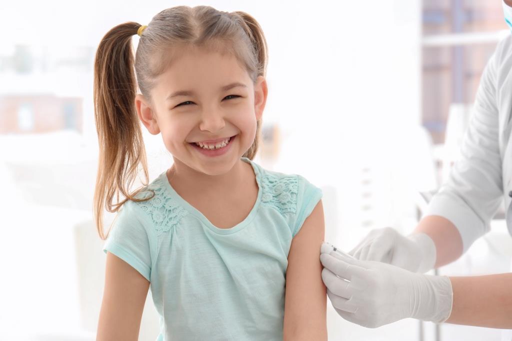 """เสริมภูมิต้านทาน """"ลูกน้อย"""" ลดความเสี่ยงด้วยวัคซีน"""