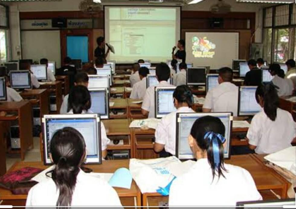 เรียนออนไลน์ มีหลายรูปแบบ เน้นเรียนรู้ร่วมกัน ไม่ใช่แค่ยืนสอนหน้าชั้น