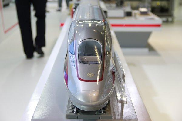 รถไฟไทย-จีน บรรลุข้อตกลง สัญญา2.3 เร่งเซ็นสัญญาซื้อระบบ 5.06 หมื่นล.