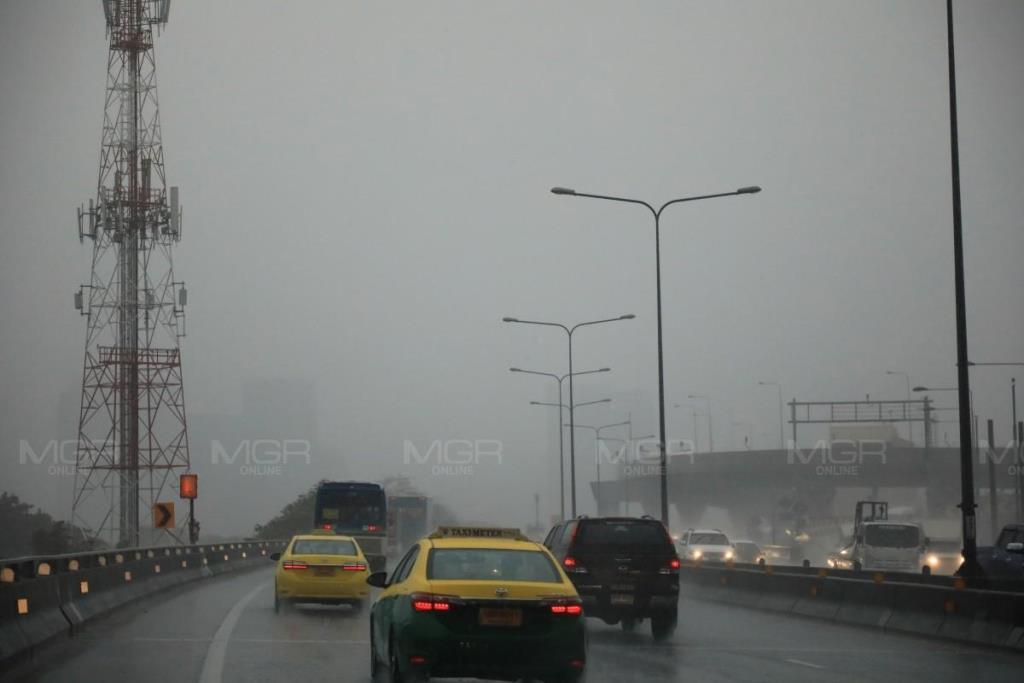 มรสุมกระหน่ำ! ทั่วไทยฝนฟ้าคะนอง อีสาน-ตะวันออกอ่วม กทม.-ปริมณฑลโดนร้อยละ 40