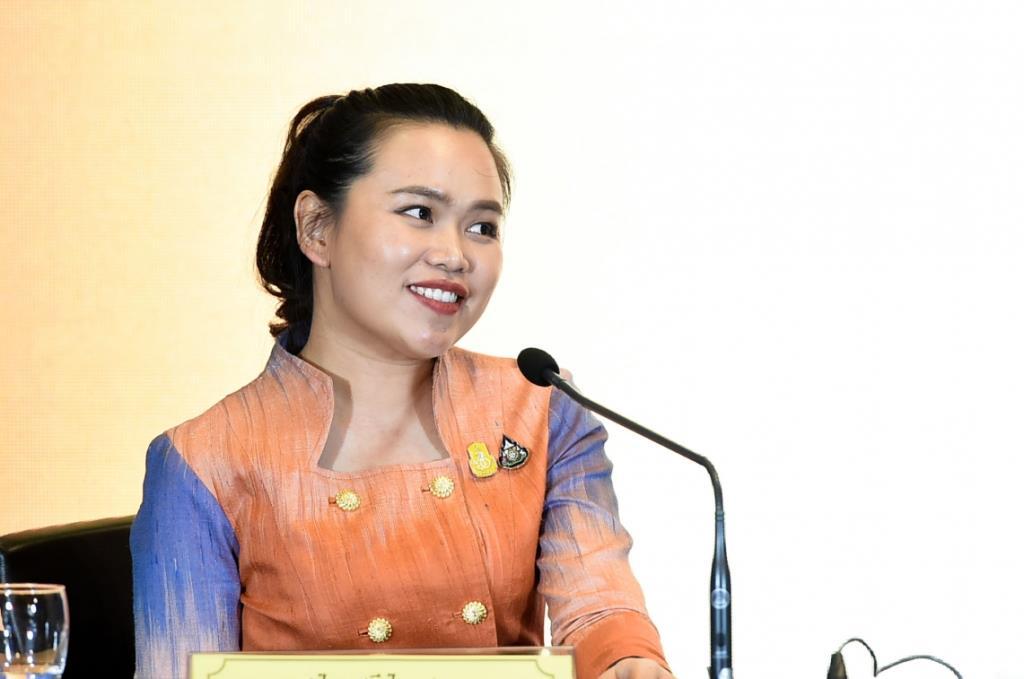 นางสาวไตรศุลี ไตรสรณกุล รองโฆษกประจำสำนักนายกรัฐมนตรี (ภาพจากแฟ้ม)