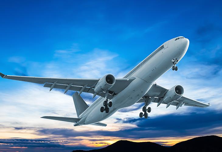 """""""นายกฯ""""สั่ง""""คมนาคม""""เตรียมมาตรการสกัดโควิด-19 รองรับเปิดบินระหว่างประเทศ"""