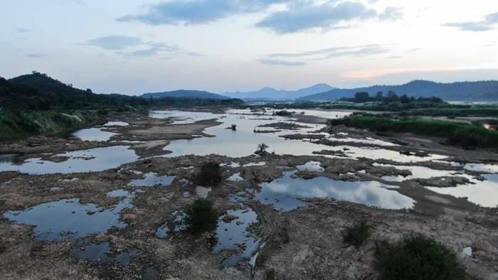 ภาพแม่น้ำโขงตอนล่างช่วงที่ระดับน้ำต่ำที่สุดเป็นประวัติการณ์ช่วงเดือนก.ค. 2019