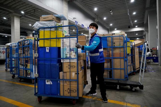 ยุ่งแล้ว! เกาหลีใต้ติดเชื้อโควิดสูงสุดในรอบ 49 วัน พบแพร่ระบาดสู่ศูนย์จัดส่งสินค้า