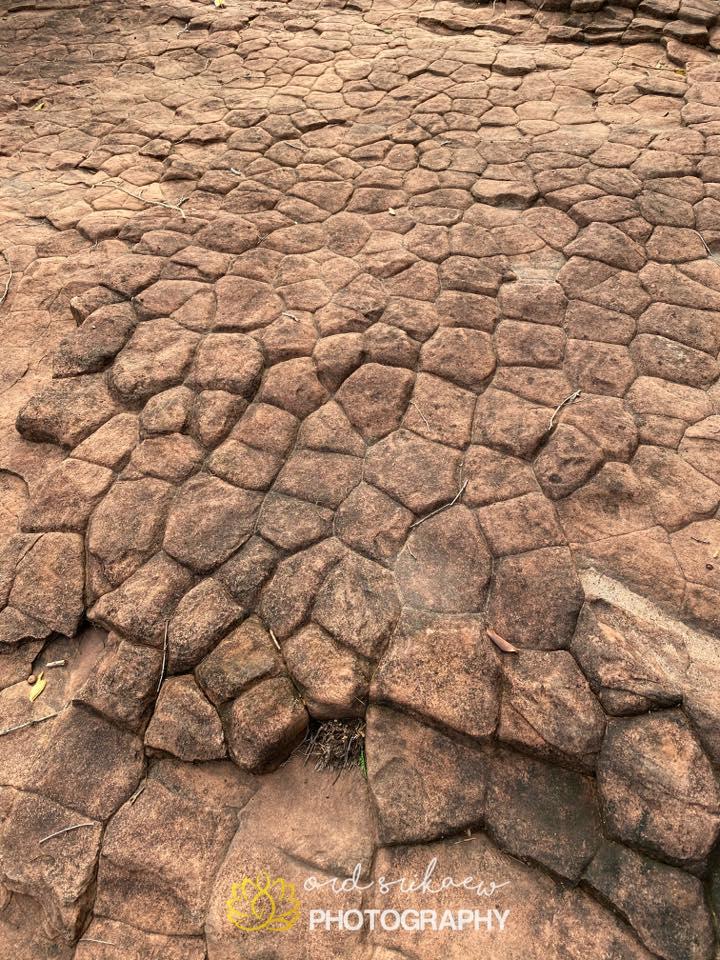 พื้นผิวของลานหิน (ภาพ : ord srikaew)