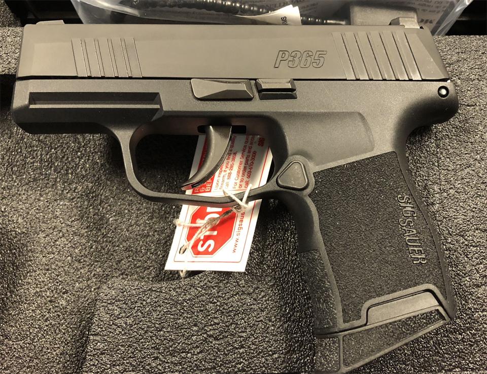 """รอง ผกก. สงสารผู้น้อย ขอใบ ป.3 ซื้อปืนสวัสดิการ เจอรองผู้ว่าฯ พูด """"ต้องส่งไปตรวจโรคจิต"""""""