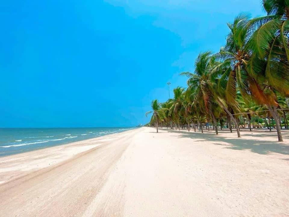 """13 เรื่องควรรู้ เที่ยว""""หาดบางแสน""""ยุค New Normal ปิดวันจันทร์-ห้ามขายแอลกอฮอล์"""