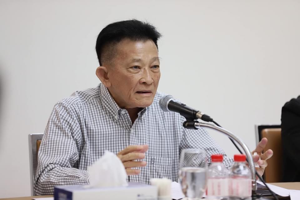 """""""สมพงษ์"""" ลั่นไม่ทรยศประชาชน สยบข่าวลือ """"บิ๊กเพื่อไทย"""" ดีลตั้งรัฐบาลขั้วใหม่กับ พปชร."""