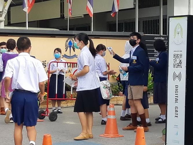 บรรยากาศสอบเข้าม.1คึกทั่วไทย ขอนแก่นวิทย์ฯห้ามผู้ปกครองเข้าโรงเรียนลดแออัด