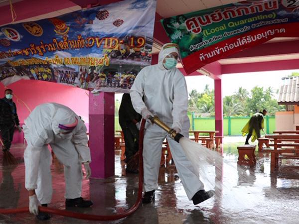 พี่ทำเพื่อน้อง! ล้างทำความสะอาดส่งมอบคืน ร.ร.บ้านเกาะสะท้อน จ.นราธิวาส
