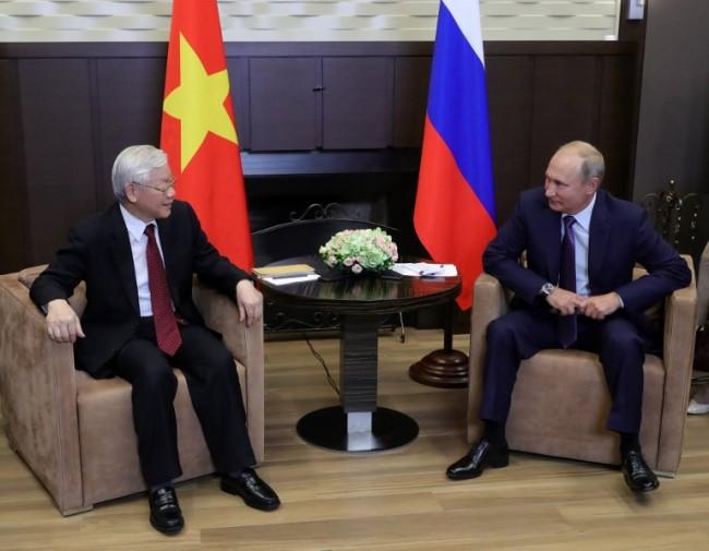'ปูติน' ยกหูขอบคุณผู้นำเวียดนามช่วยรับมือโควิด พร้อมตอบรับคำเชิญเยือนฮานอย