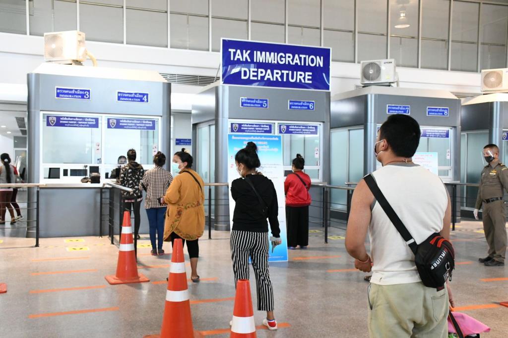 พม่าเจอแรงงานป่วยโควิด 23 คน หลังกลับจากไทย-มาเลเซีย สธ.เร่งขอข้อมูลตรวจสอบ