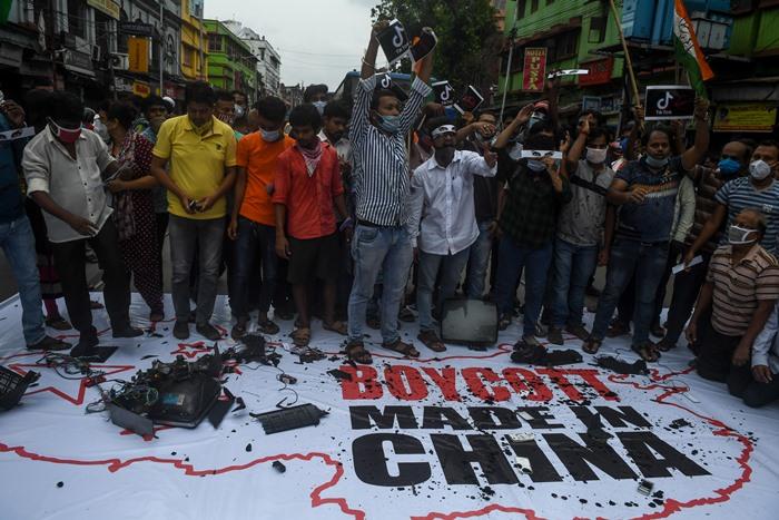 ทำไม 'อินเดีย'จะไม่ตอบโต้แก้แค้นด้วยการ 'แบน' สินค้าจีน?