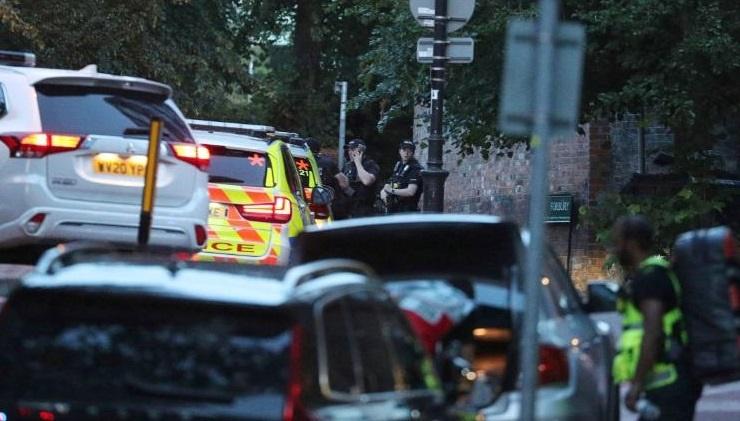 In Clip:  ระทึก!! มือมีดไล่แทงคนในเมืองรีดดิงใกล้จุดประท้วงแบล็กไลฟ์แมทเทอร์ในอังกฤษ  ดับ 3