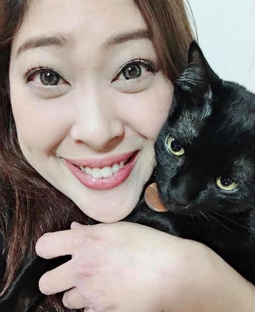 """[""""Tomcat"""" แมวตัวแรกในชีวิต ที่ทรงเลี้ยงอย่างใกล้ชิด]"""