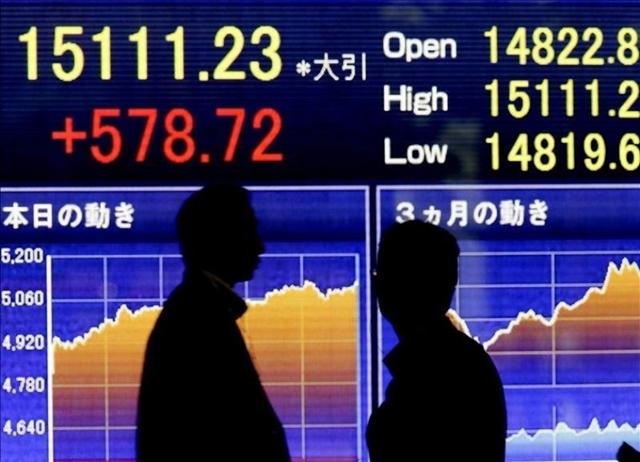 """ตลาดหุ้นเอเชียผันผวน หลัง """"ทรัมป์"""" สั่งคว่ำข้อตกลงการค้าจีน"""