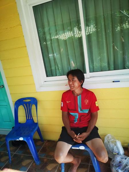 นายนริน เชื้อคมตา อายุ 48 ปี อยู่ที่ 56 หมู่ที่ 2 บ้านกกกอก ต.กกตูม อ.ดงหลวง