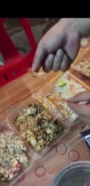 จบดรามา!ลูกค้าคืนข้าวกล่องร้านฯตามสั่งพิษณุโลก อ้างแกร็ปส่งข้าวหกปนกัน ก่อนรับลูกกิน-ออเดอร์ต่อชื่นมื่น